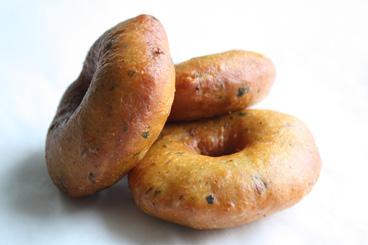 Een heerlijke surinaamse snack bara for Surinaamse keuken bara