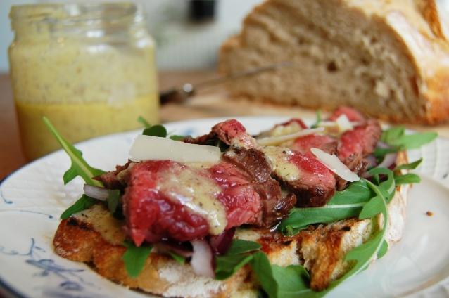 broodje steak parmezaan dressing