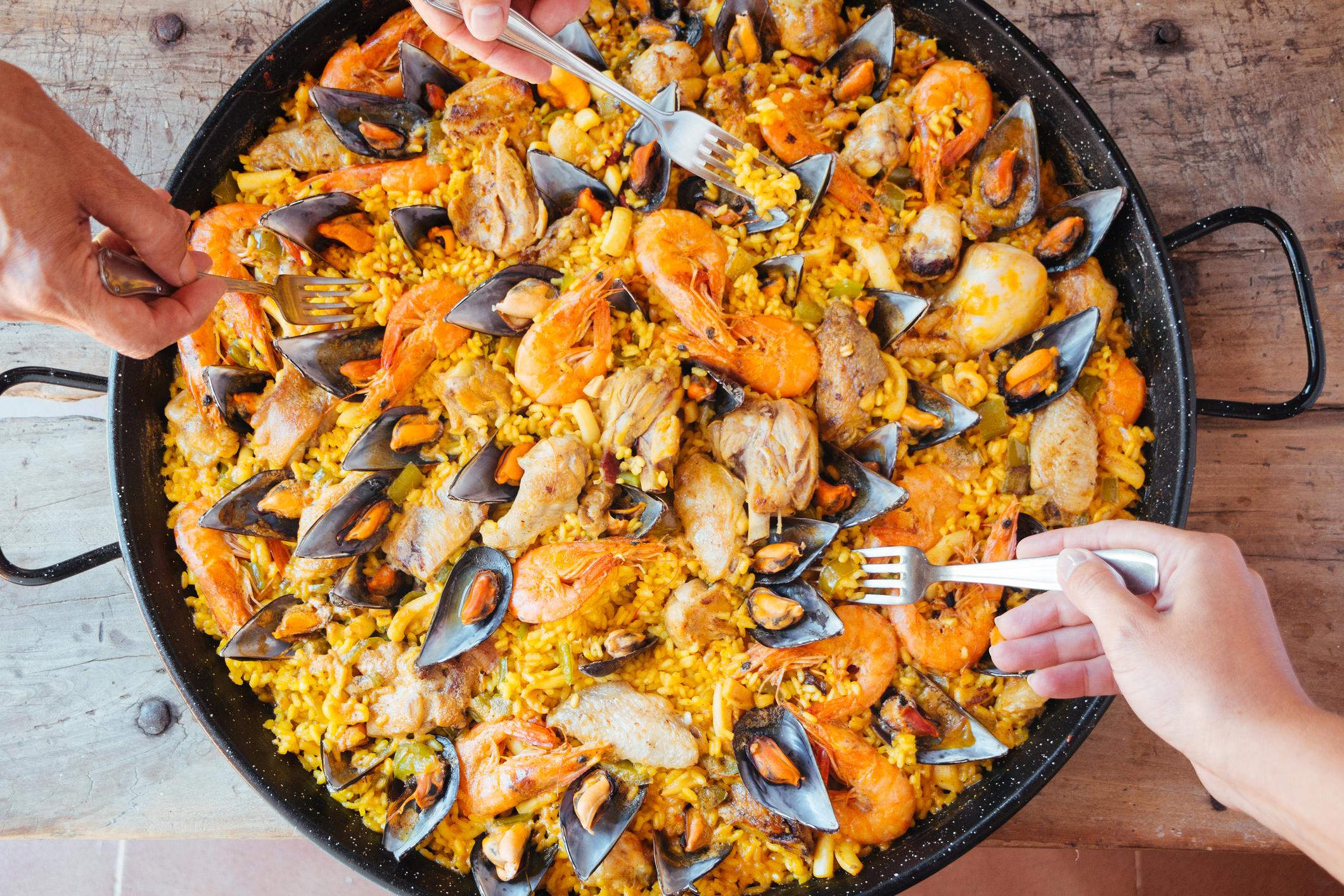 Spanjaarden Boos Op Jamie Oliver Geen Chorizo In De Paella Culy Nl