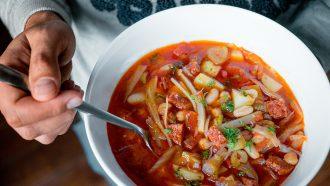 Spaanse bonensoep met venkel en chorizo