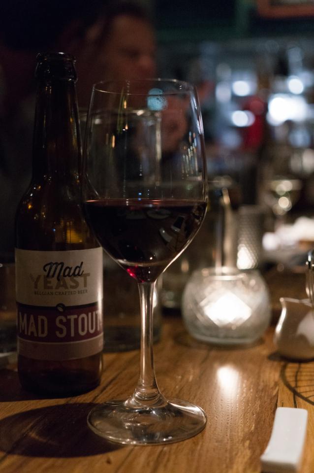Ayla rode wijn