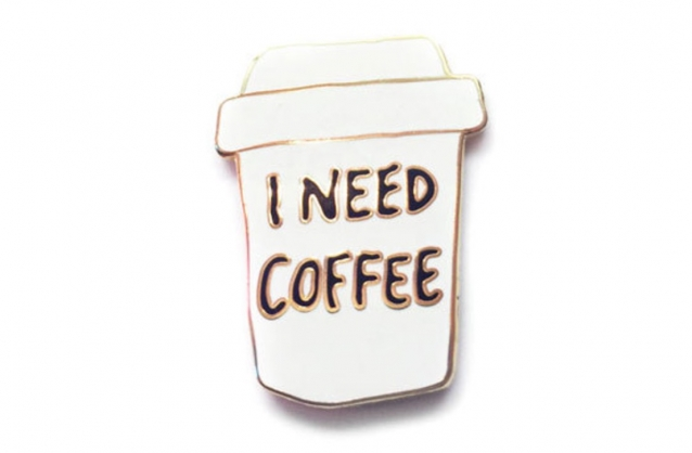 ik-moet-koffie-emaille-pins