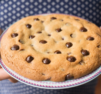 grote chocolate chip cookie