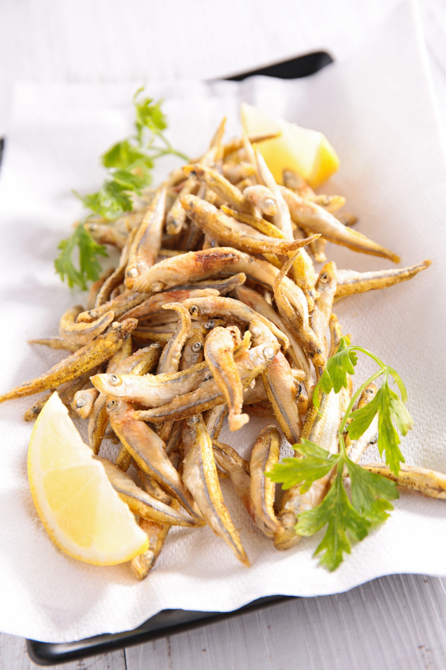 gefrituurde kleine visjes