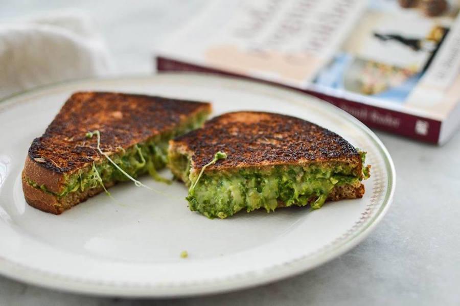 vegan tosti's