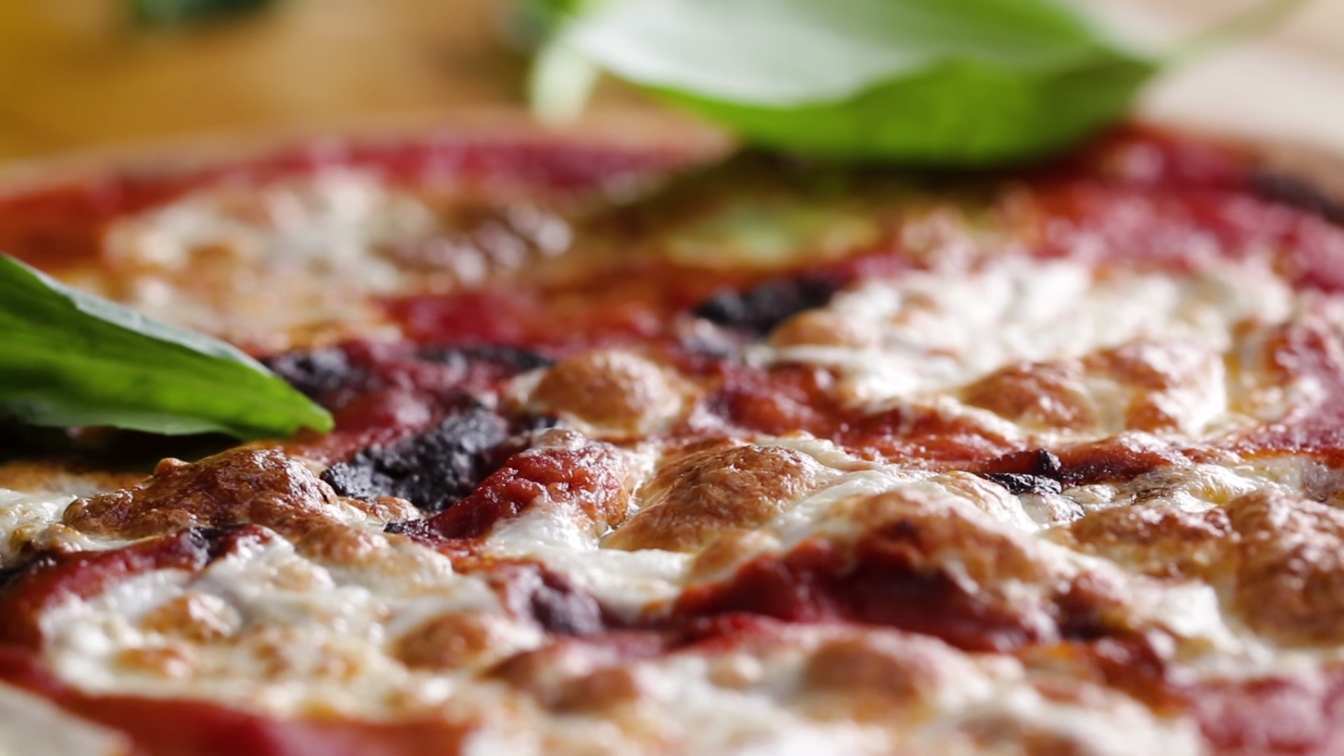 Het perfecte pizzadeeg volgens Mario Batali