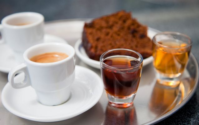 """Coffee, two kinds of Madeira vine and honey gingerbreadLIGHTBOX Madeira HERE:"""
