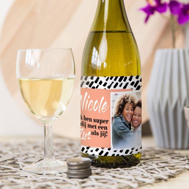 Het ideale last-minute kerstcadeau: een gepersonaliseerde fles wijn