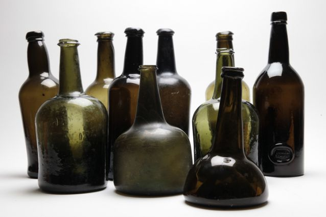 """Collection of antique wine bottles 18th / eighteenth and 19th nineteenth century, onion bottle, black glass, mallet bottle, English & Dutch"""