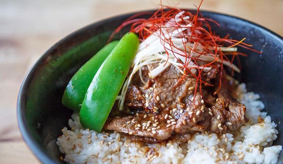 Japanse don met rundvlees