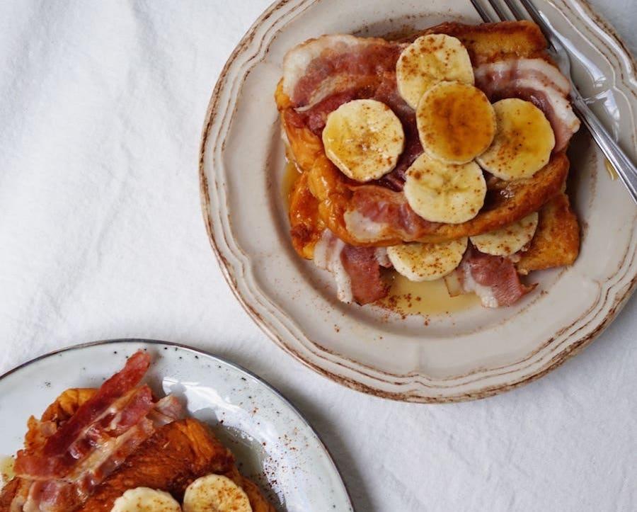 briochewentelteefjes met bacon en banaan