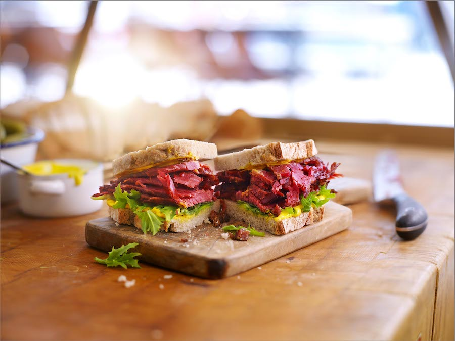 pastrami sandwich / The New York Deli