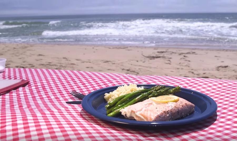 sous-vide koken op het strand