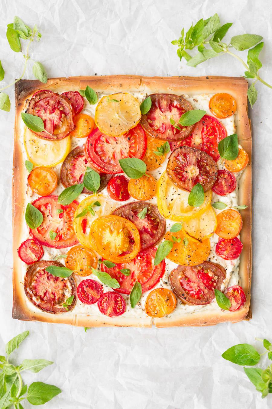 Tomatentaartje met gekleurde tomaten