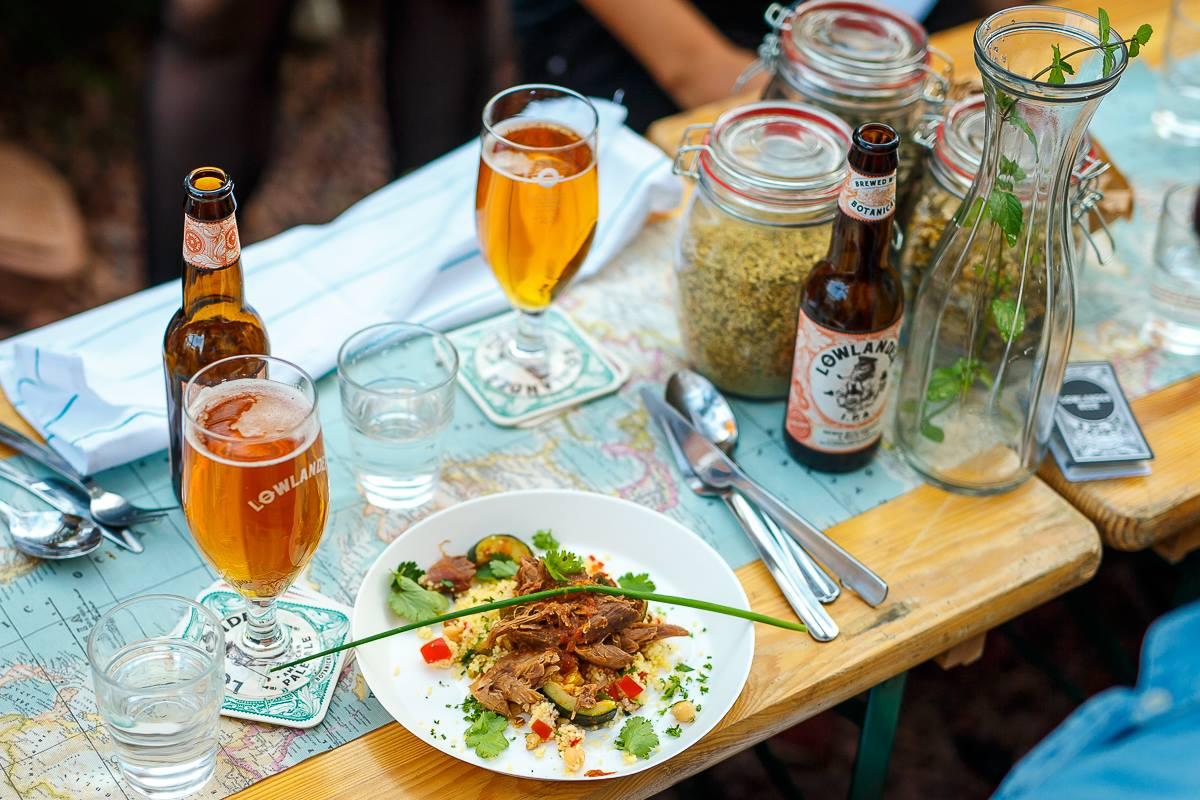 Lowlander pop-up diner in de Ouder Hortus in Utrecht