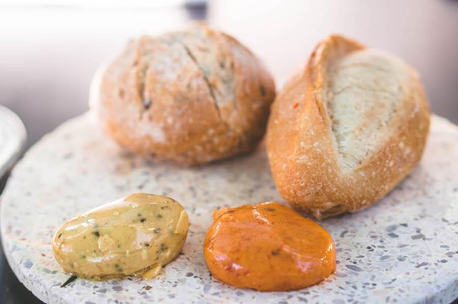 Brood met boter bij Envy
