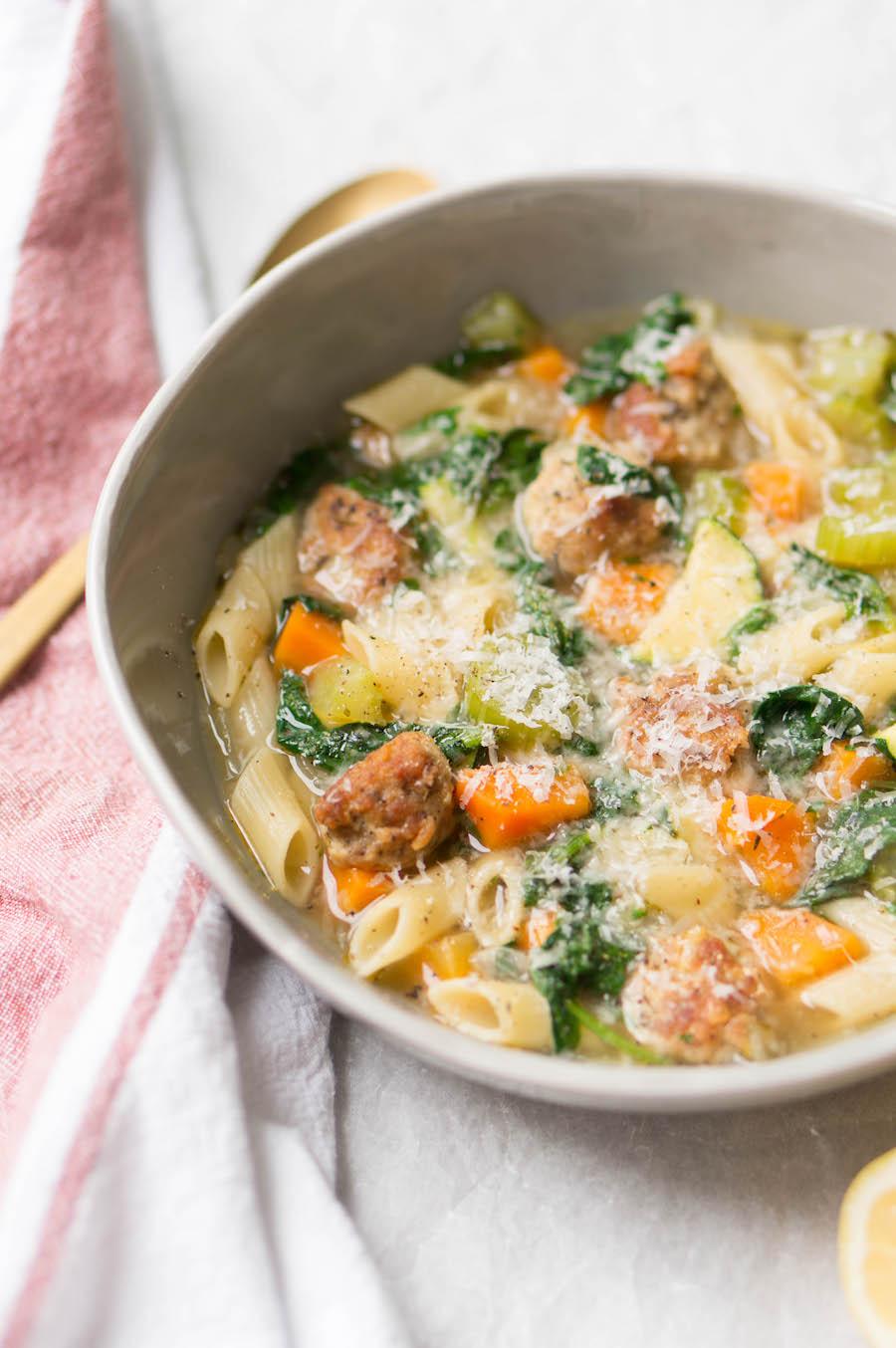 Recepten voor warm weer: zomer minestrone