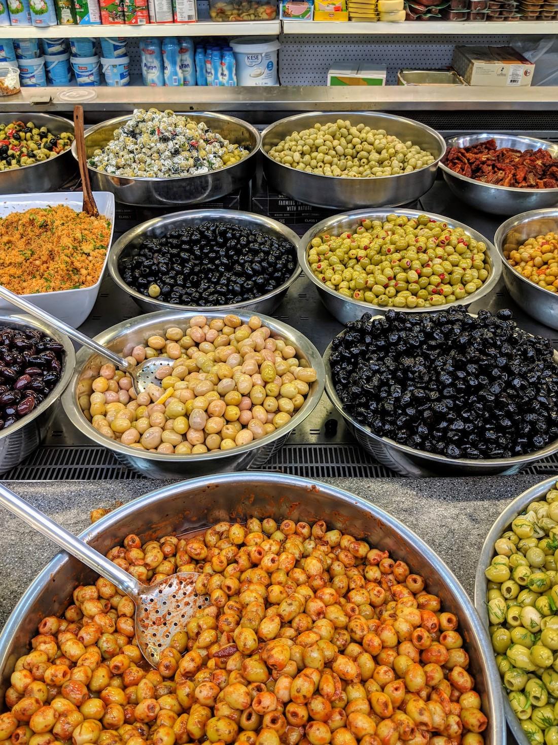 exotische gerechten Beverwijkse Bazaar olijven