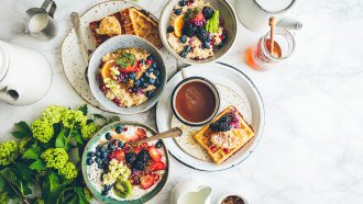 gedekte tafel ontbijt