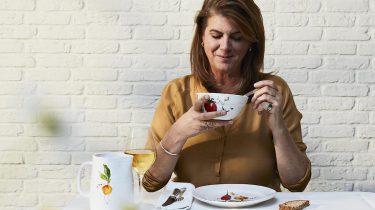 Afbeelding van servies en tafellinnen van Yvette van Boven 1