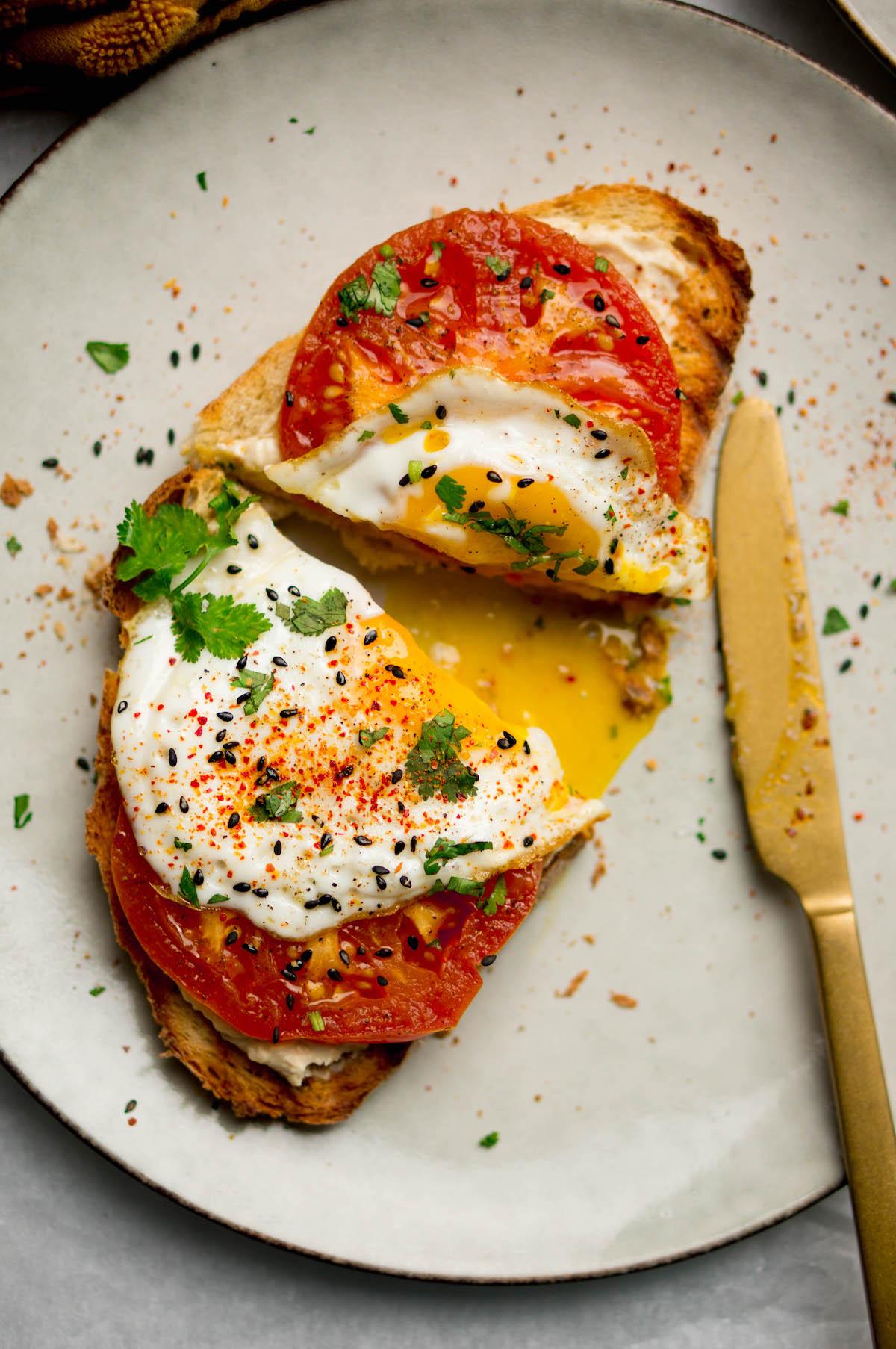 Toast met gebakken ei