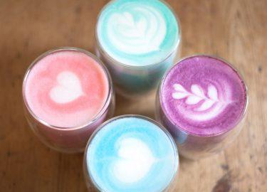Afbeelding van gekleurde koffie 1
