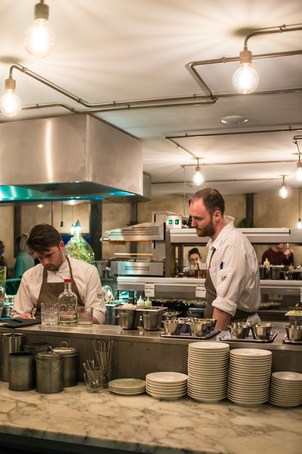 Zicht op de keuken bij WT Urban Kitchen