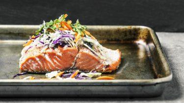 Afbeelding van vis op een bakplaat
