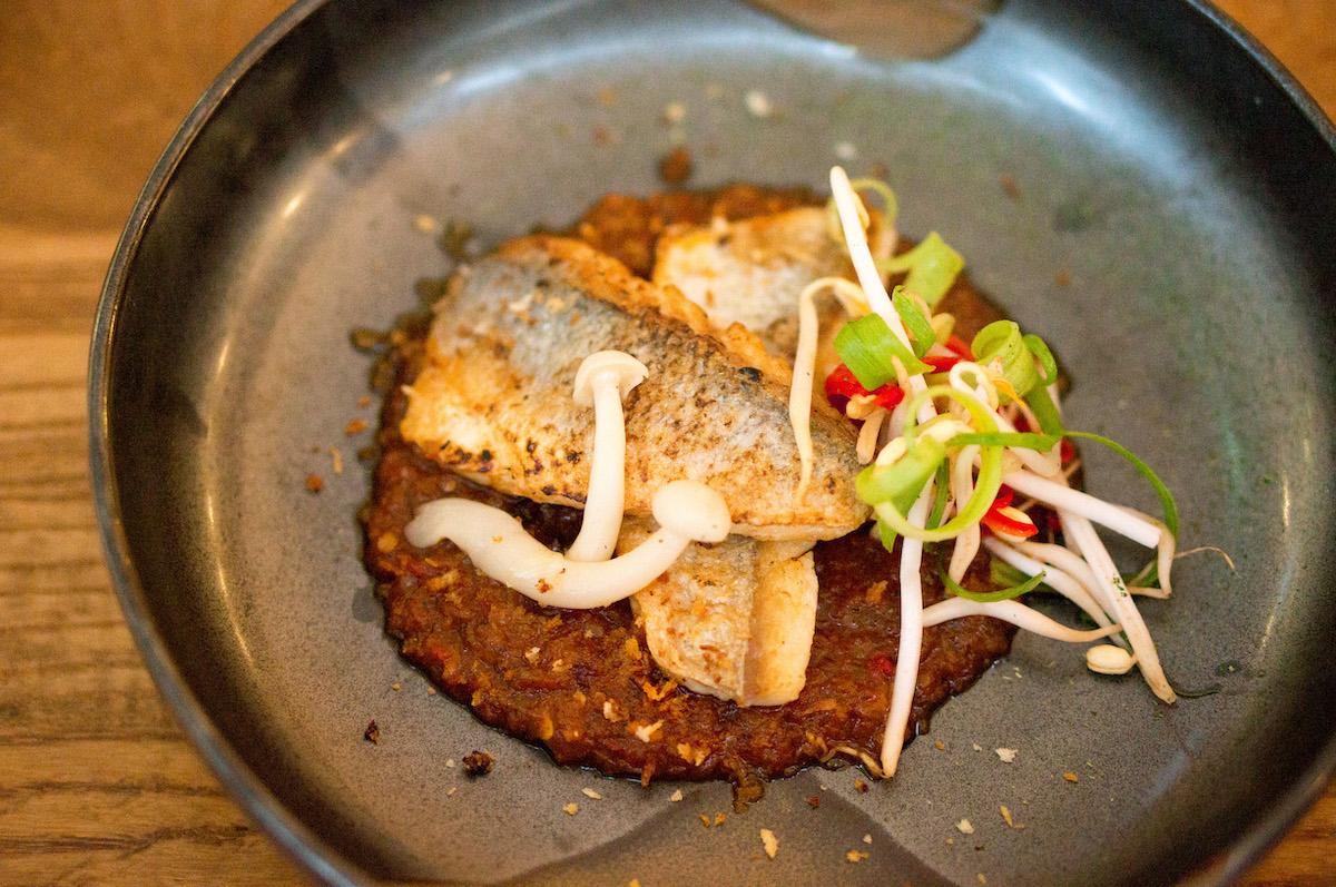 Ikan asam pedas: zeebaars