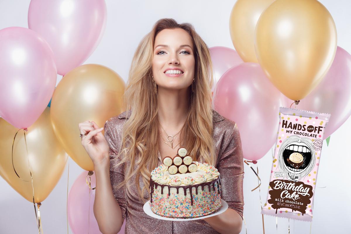 Pleasing Omg Deze Nieuwe Chocoladereep Smaakt Naar Verjaardagstaart Culy Nl Personalised Birthday Cards Bromeletsinfo
