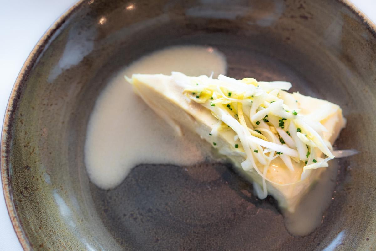 Hartige cheesecake van zeebaars