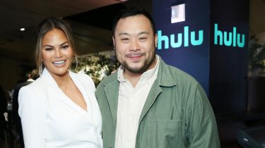 Chrissy Teigen en David Chang presenteren Family Style
