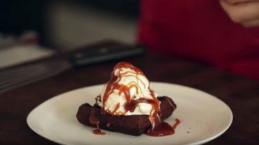 Snelle brownie uit de wafelijzer