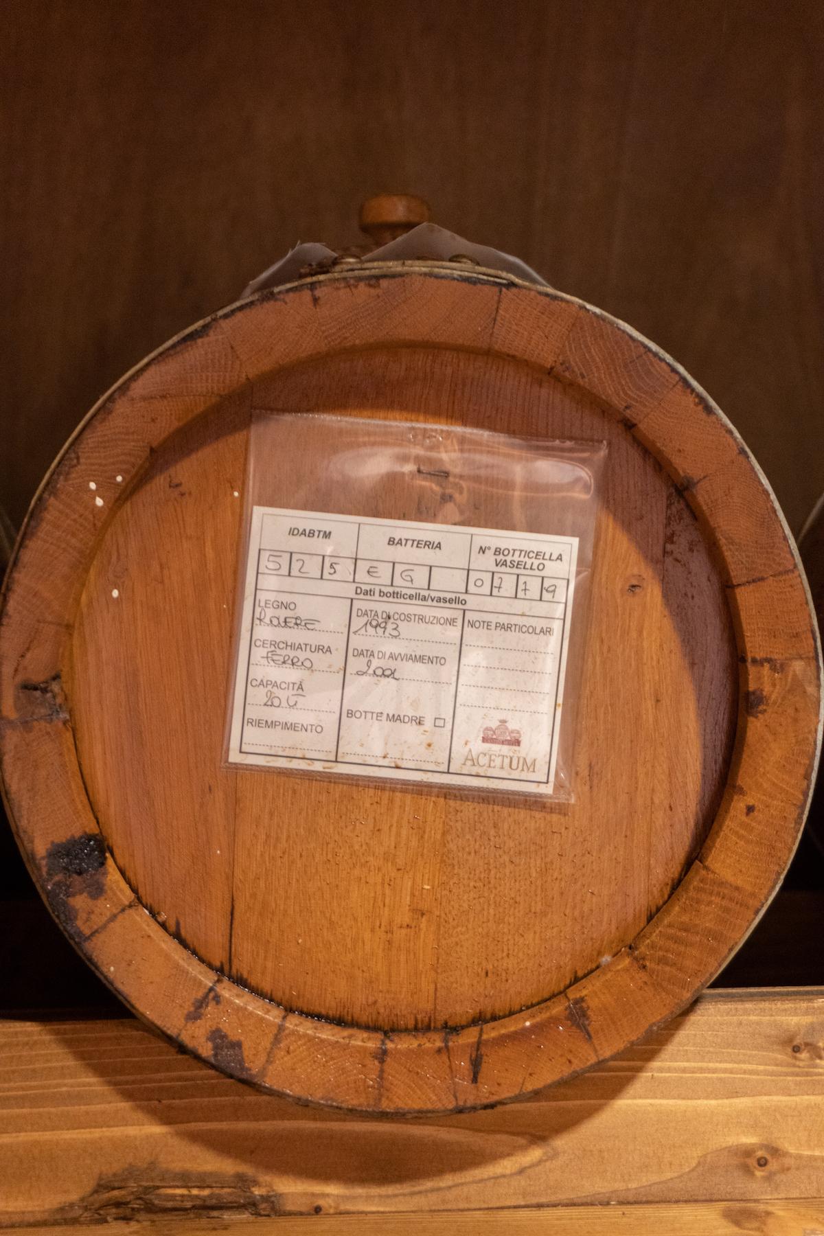 Balsamico-azijn in een vat