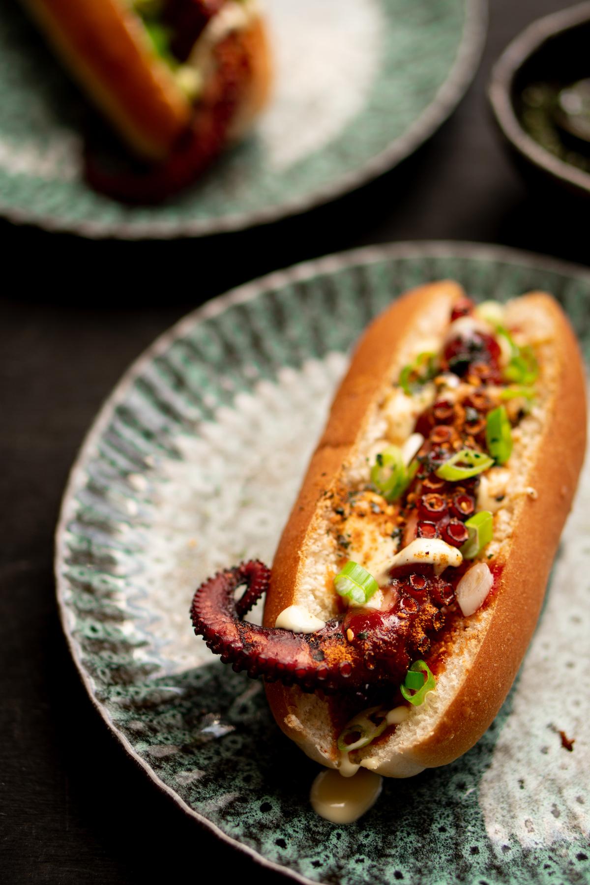 octodog (hotdog met octopus)