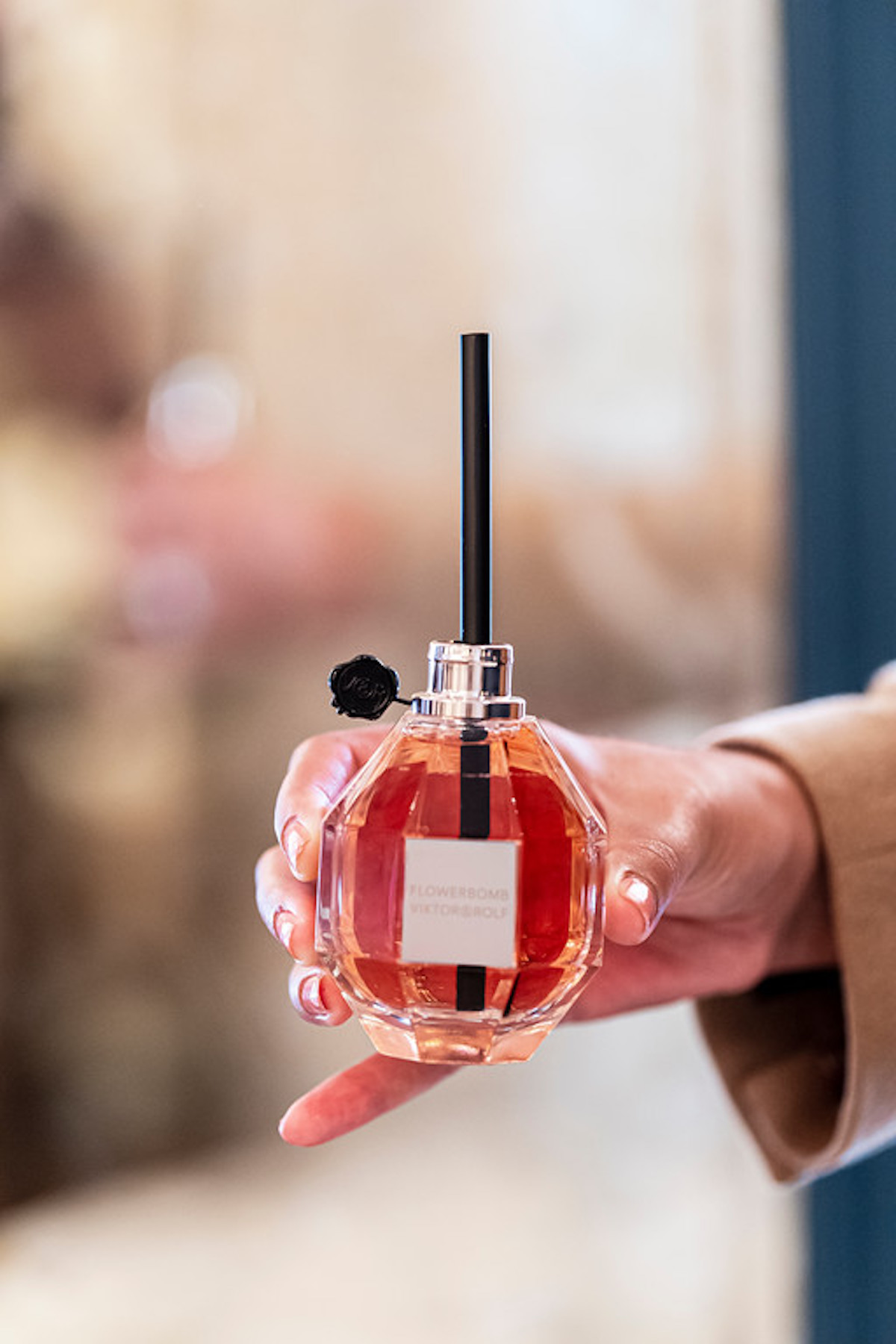 Viktor & Rolf flowerbomb afternoon tea