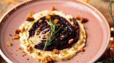 Rodekoolsteaks: vegetarisch hoofdgerecht kerst