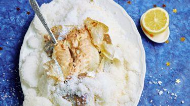 Kerstrecept: vis in zoutkorst