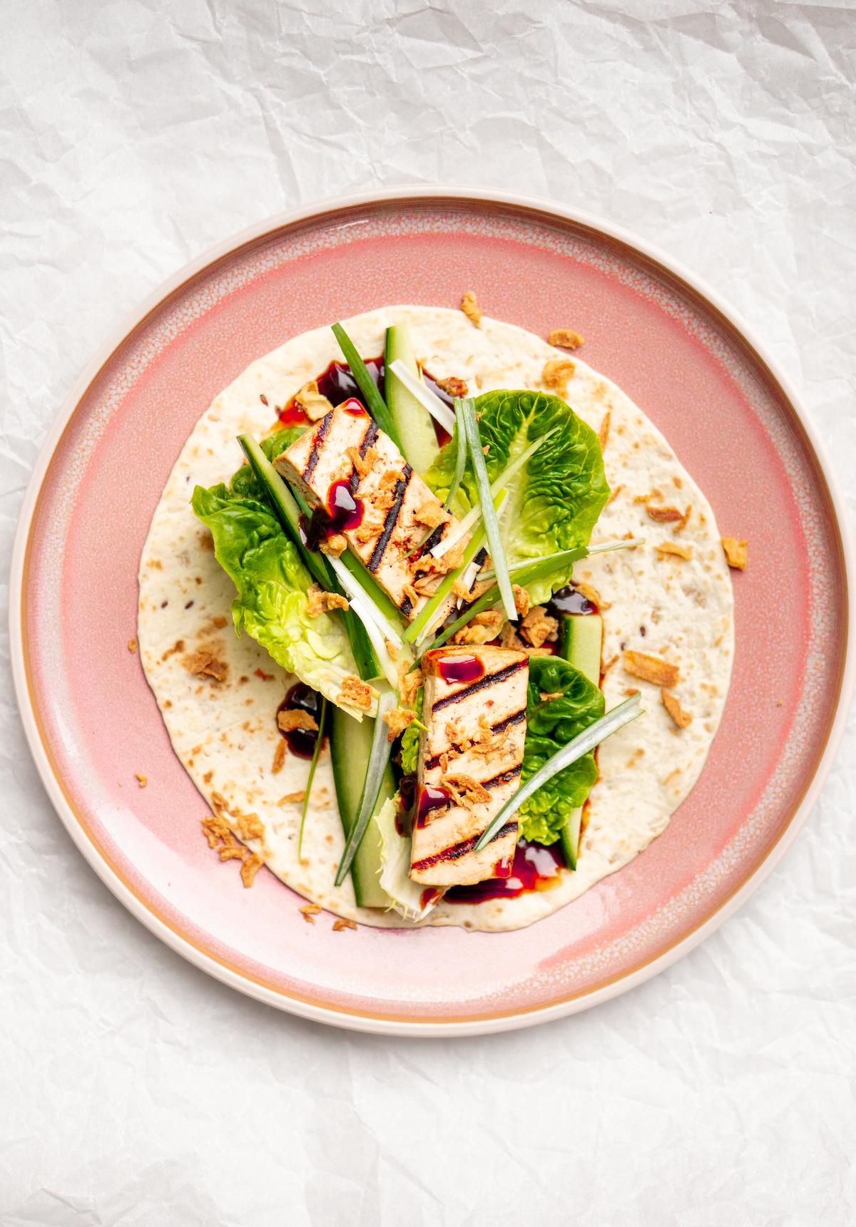Gezonde wraps met tofu