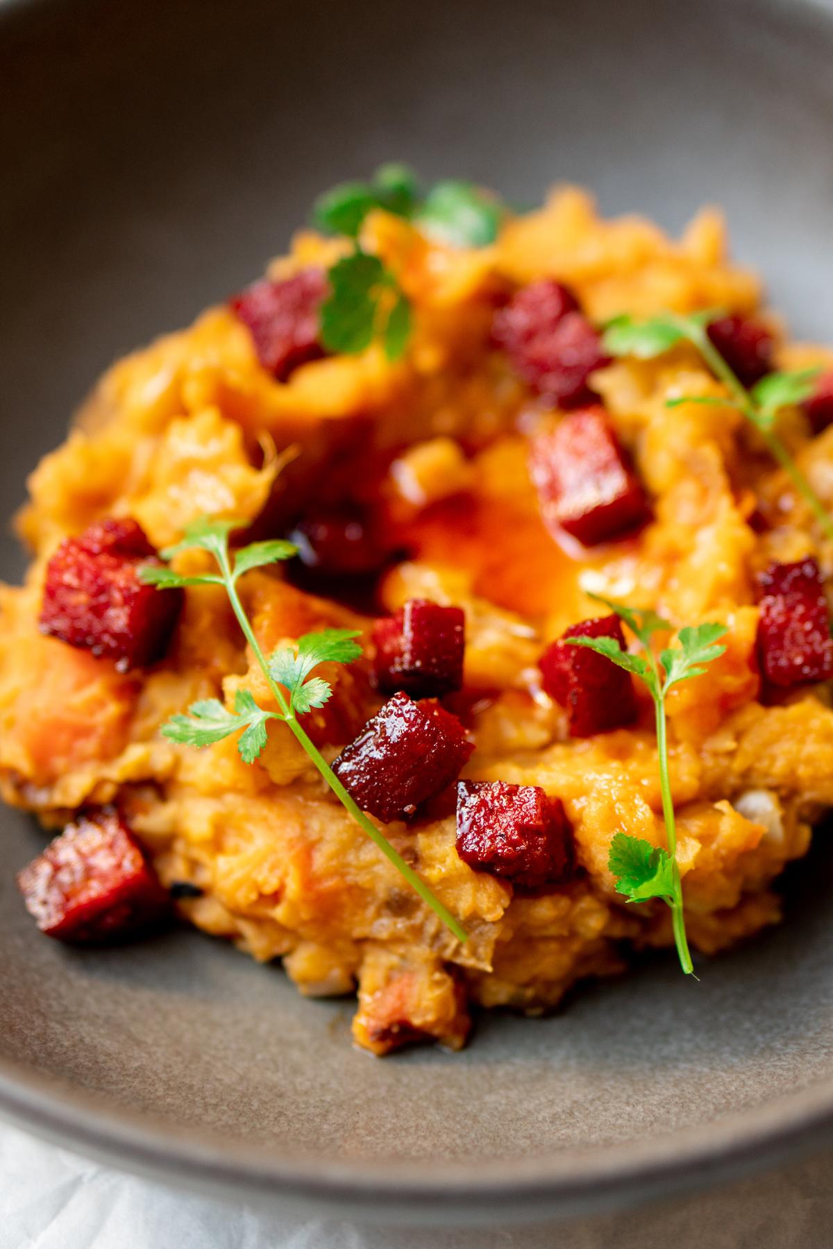 Hutspot met zoete aardappel en chorizo