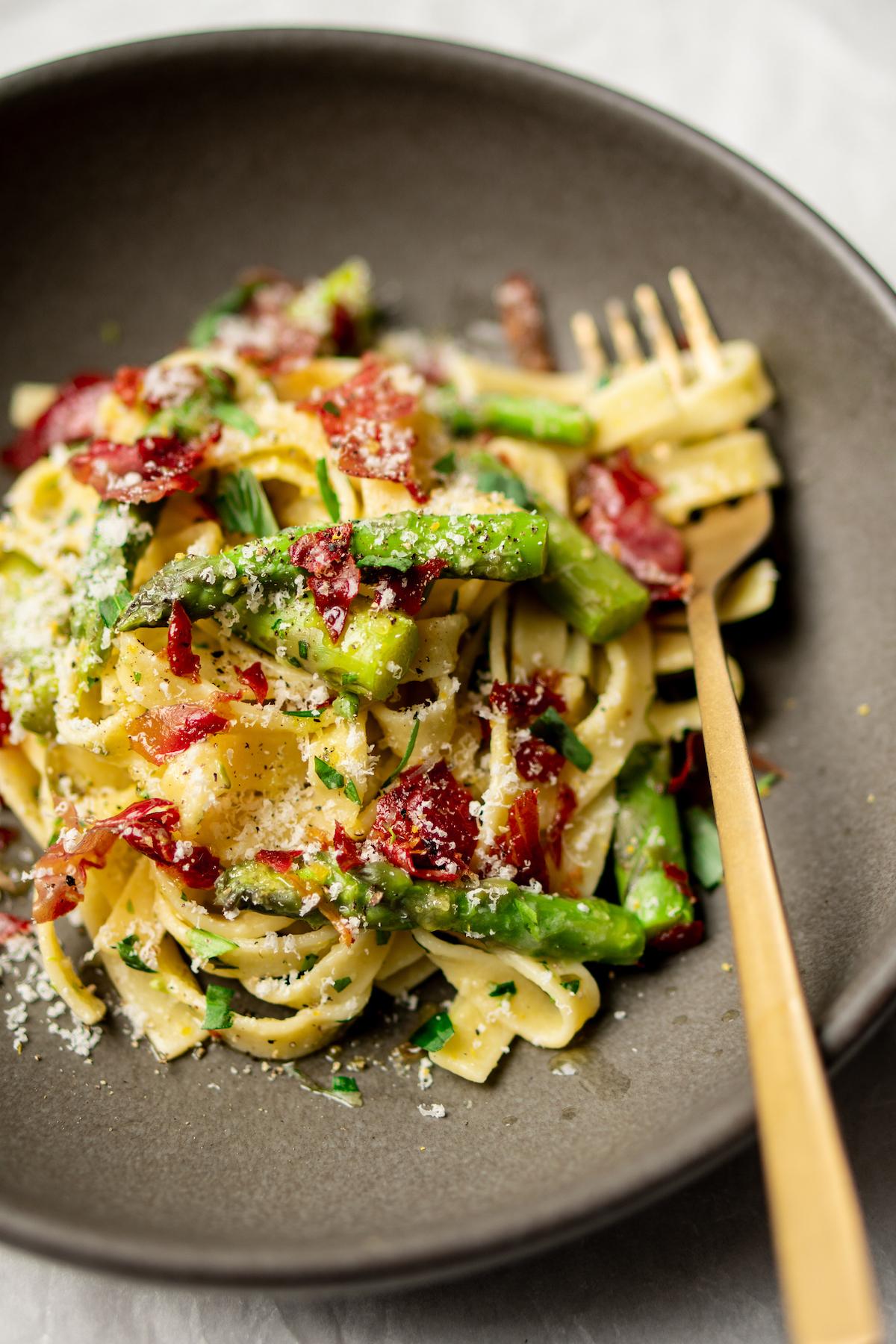 Simpele pasta met asperges