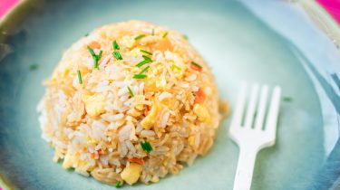 Instant noodles fried rice