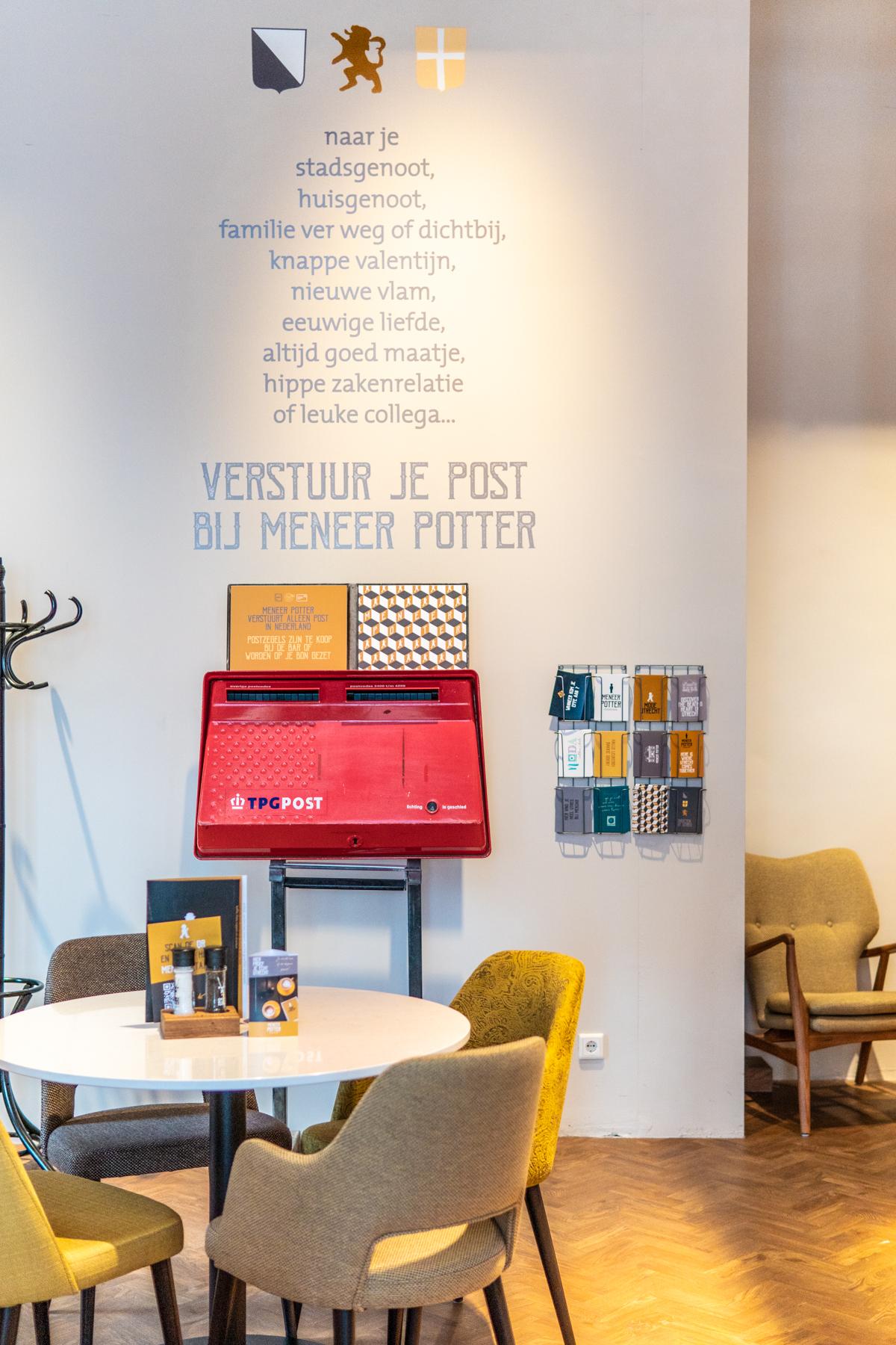 Meneer Potter in het oude postkantoor in Utrecht