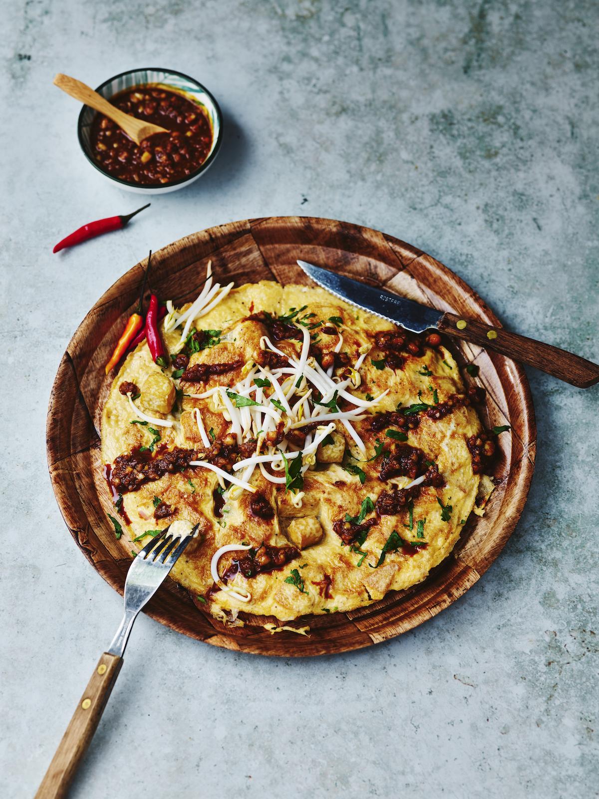 Indonesische tofu omelet (tahu telor)
