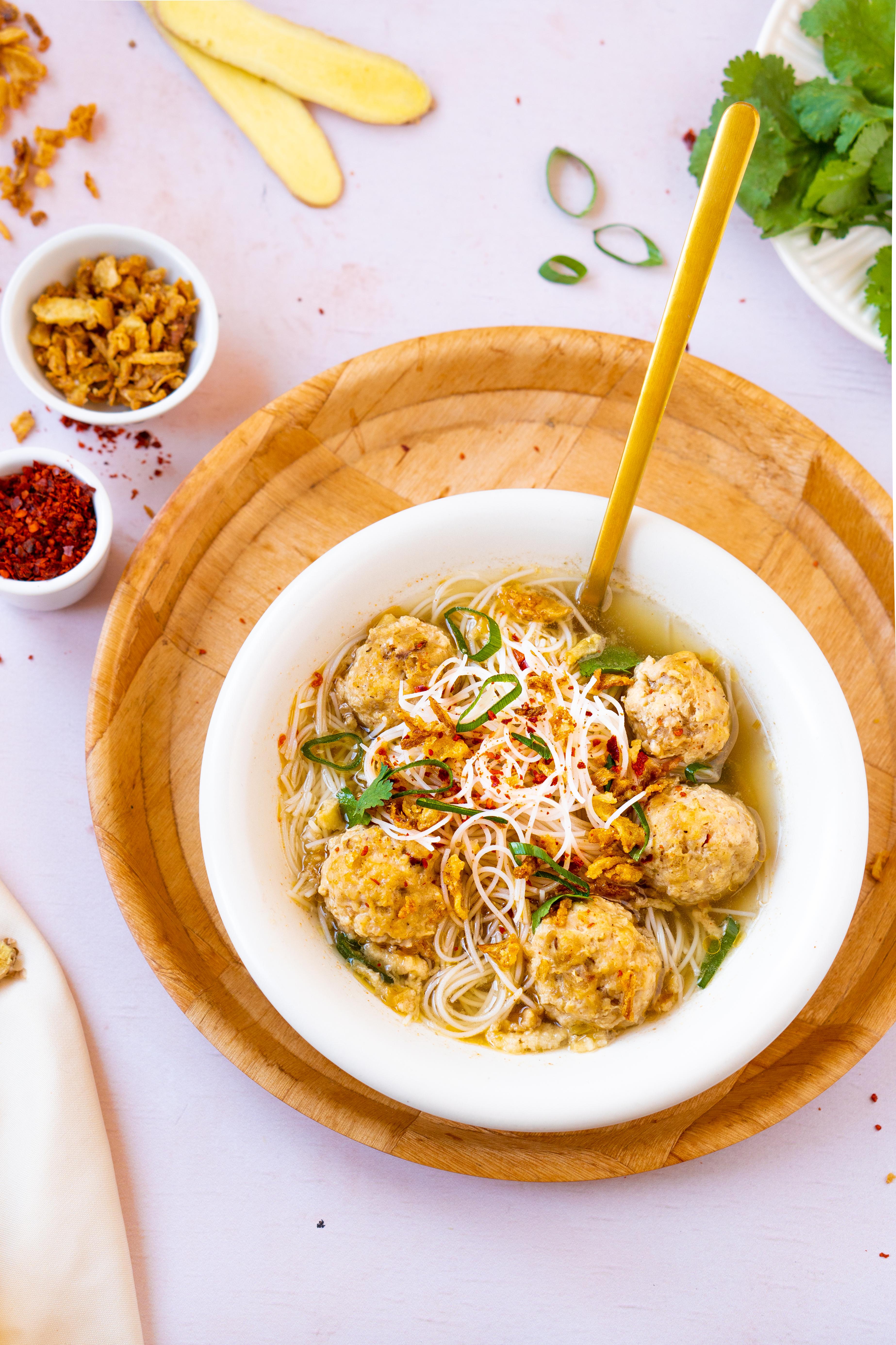 Indonesische bakso soep