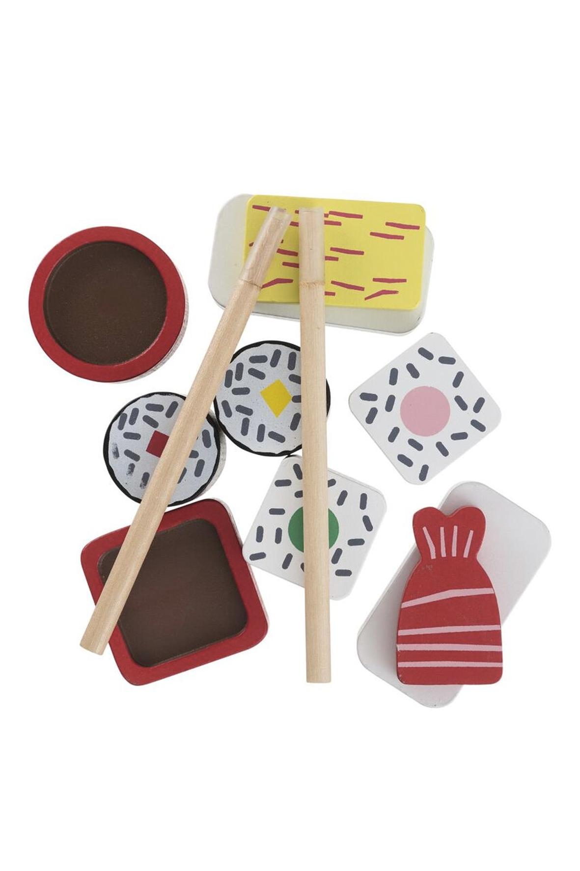 Houten sushi set als voorbeeld van cadeaus voor jonge foodies