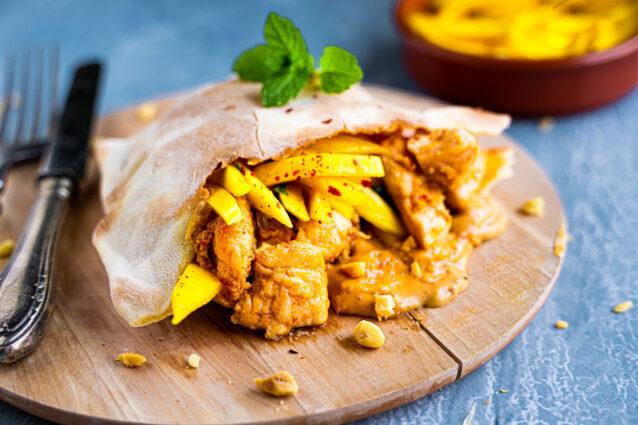 Culy Homemade: pita's met kipsaté en mangosalsa